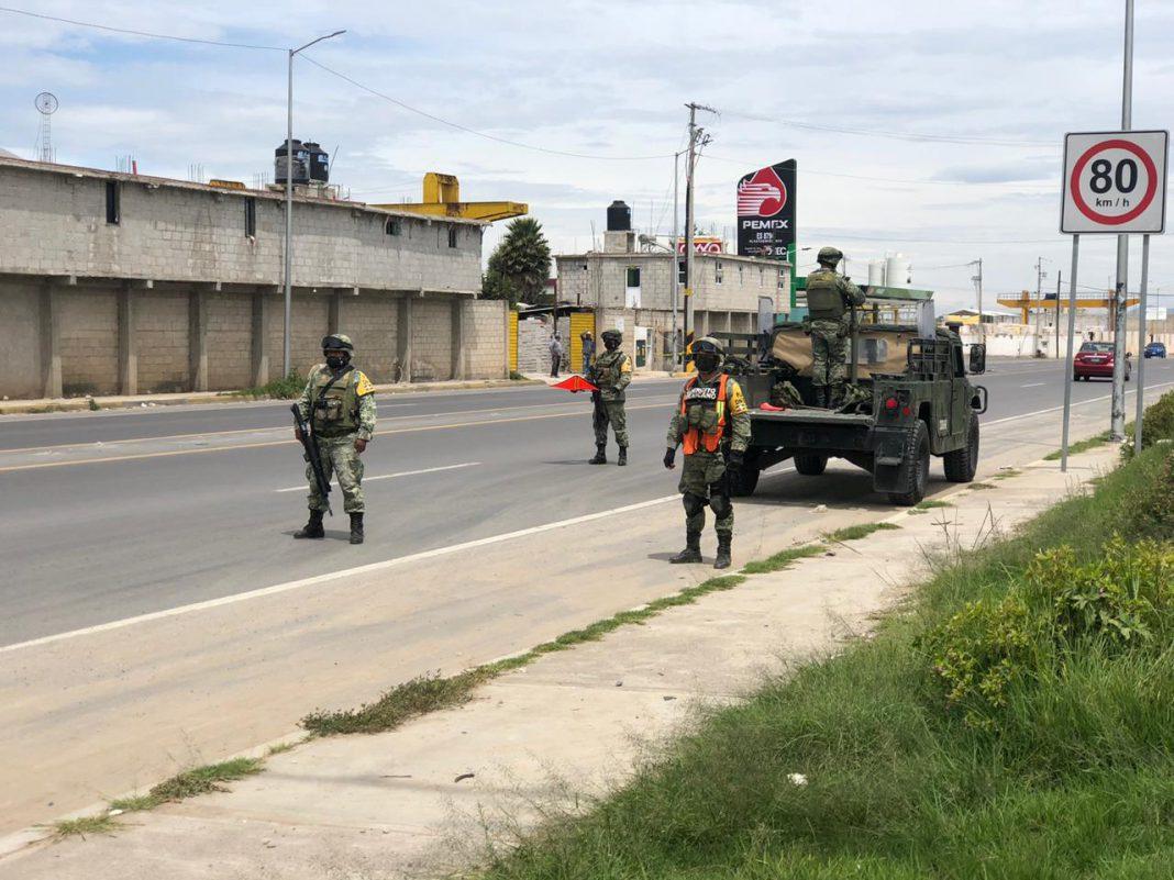 Roban cajas de explosivos en Santiago Acatlán tras denuncia