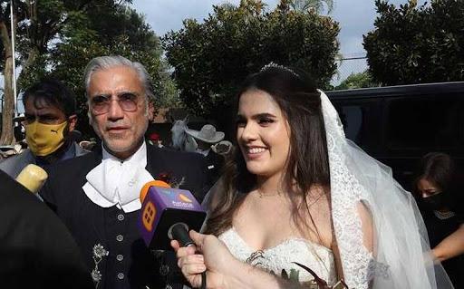 Hija de Alejandro Fernández se casa en medio de pandemia