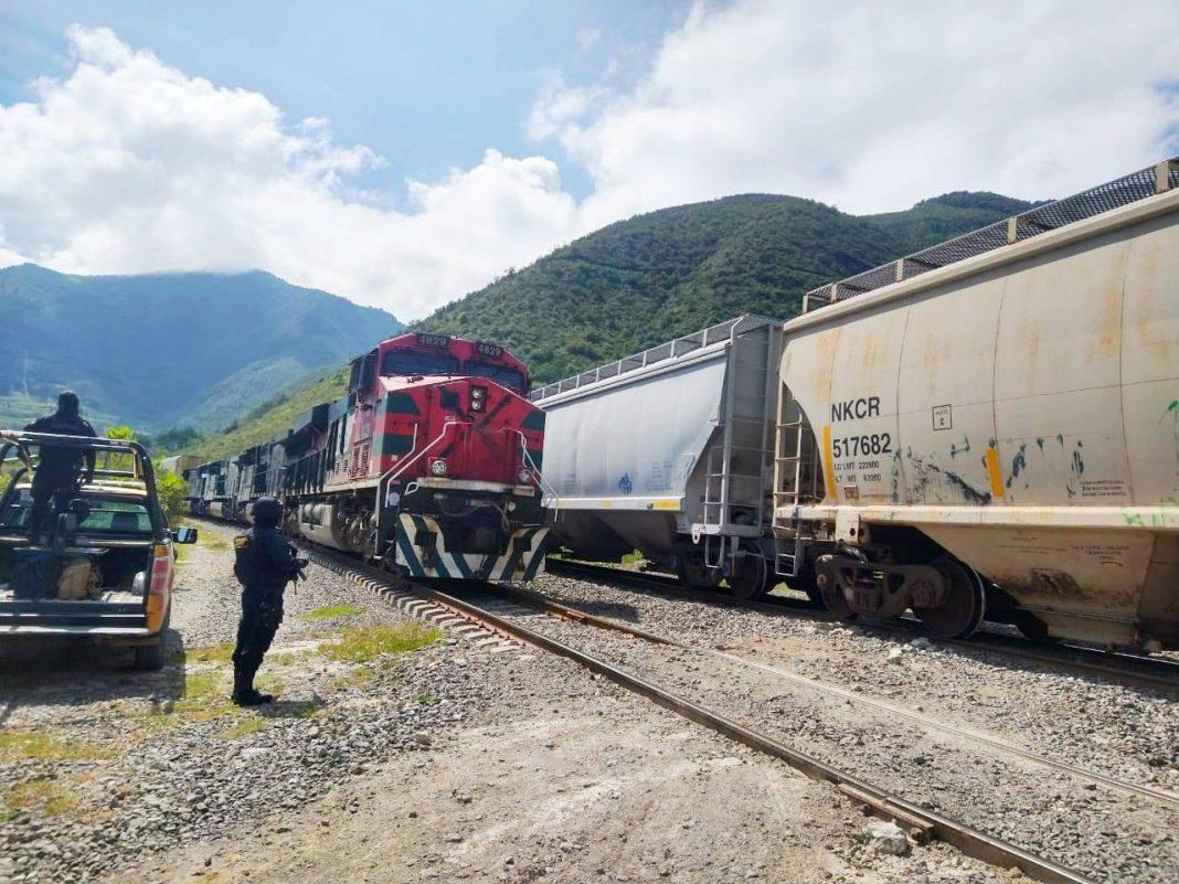 IPAX responde al fuego en tren de Ferrosur.