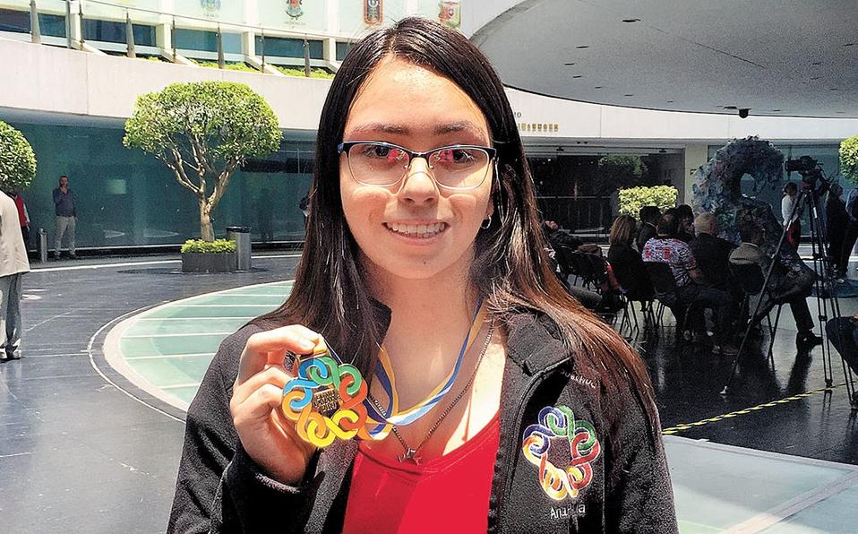 Mexicana gana olimpiada de matemáticas por segunda vez.