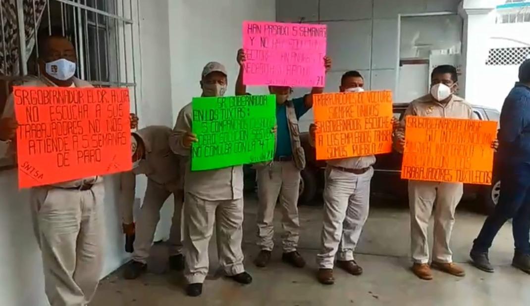 Denuncian despidos injustificados en San Andrés Tuxtla.