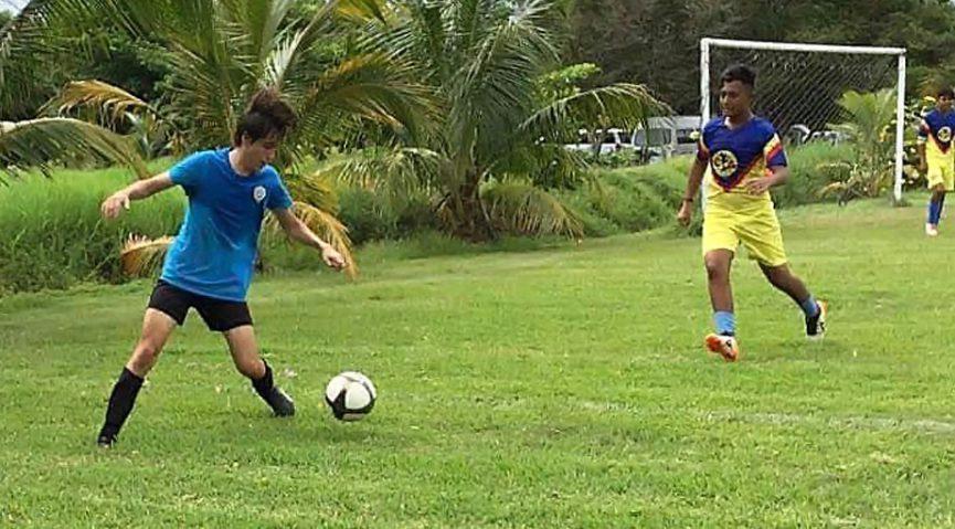 Club de Fútbol Bulldogs vuelve a ganar en la Liga Oropeza y derrota a sus rivales en las categorías Sub-15 y Sub-17