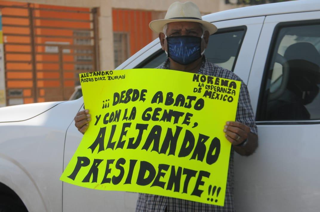 Morenistas toman INE, demandan igualdad de oportunidades para candidatos a la dirigencia nacional
