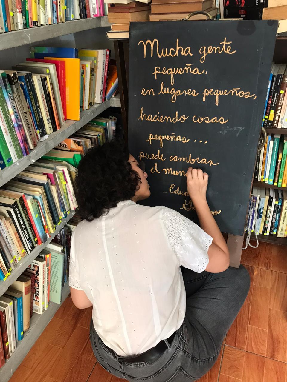 Librería jarochaflorece en pandemia