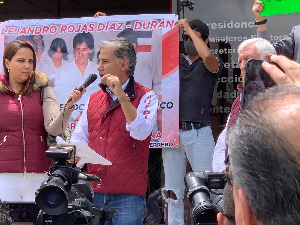 Alejandro Rojas Díaz Durán se registra para buscar presidencia de Morena