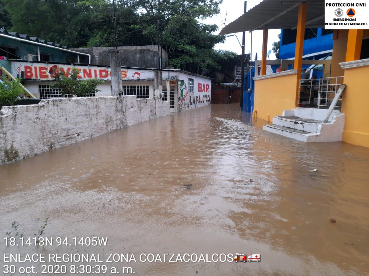 Frente Frío número 9 deja inundaciones en municipios de Veracruz.