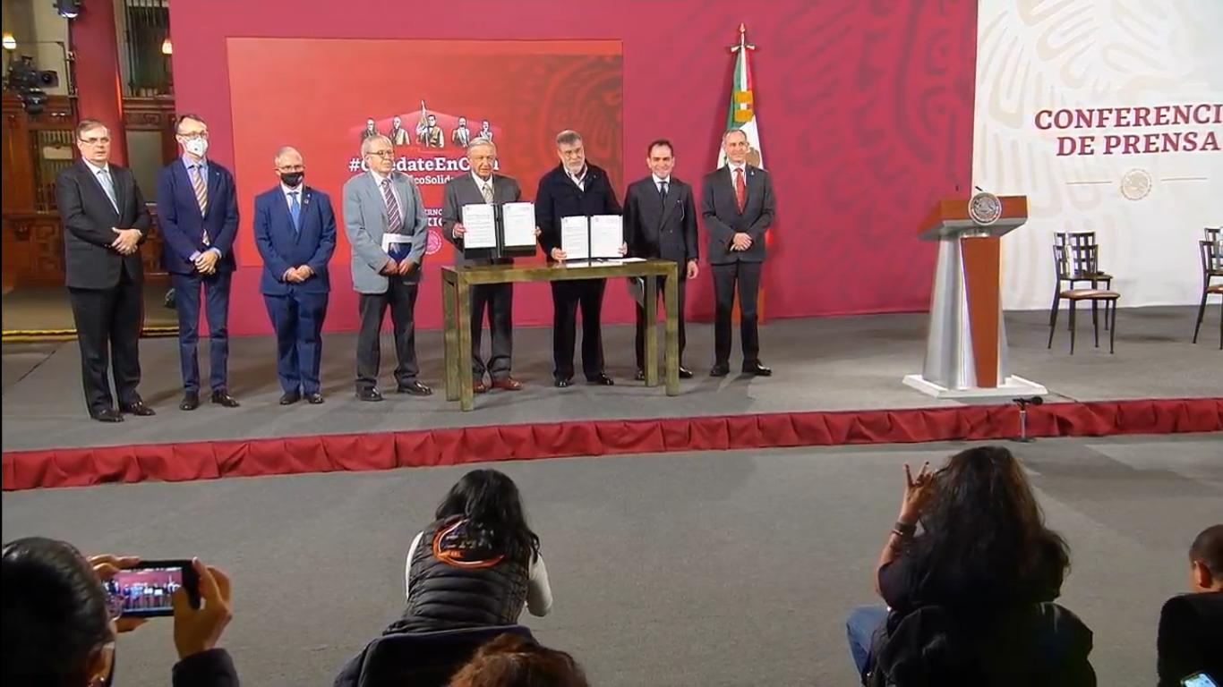 México firma acuerdo con la ONU para adquirir medicamentos en todo el mundo