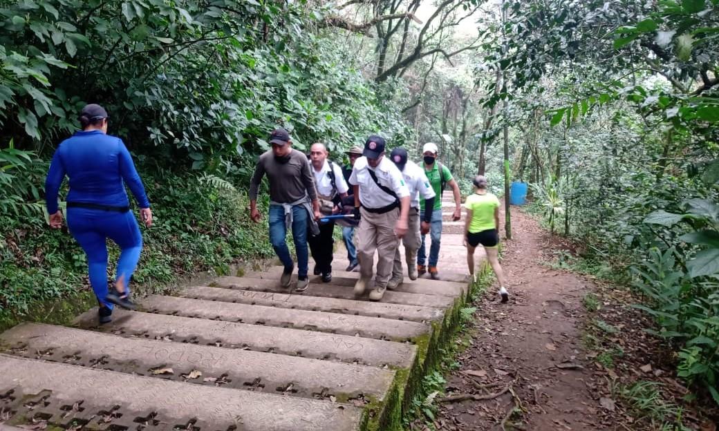 Se cae mujer del cerro del Borrego, en Orizaba.