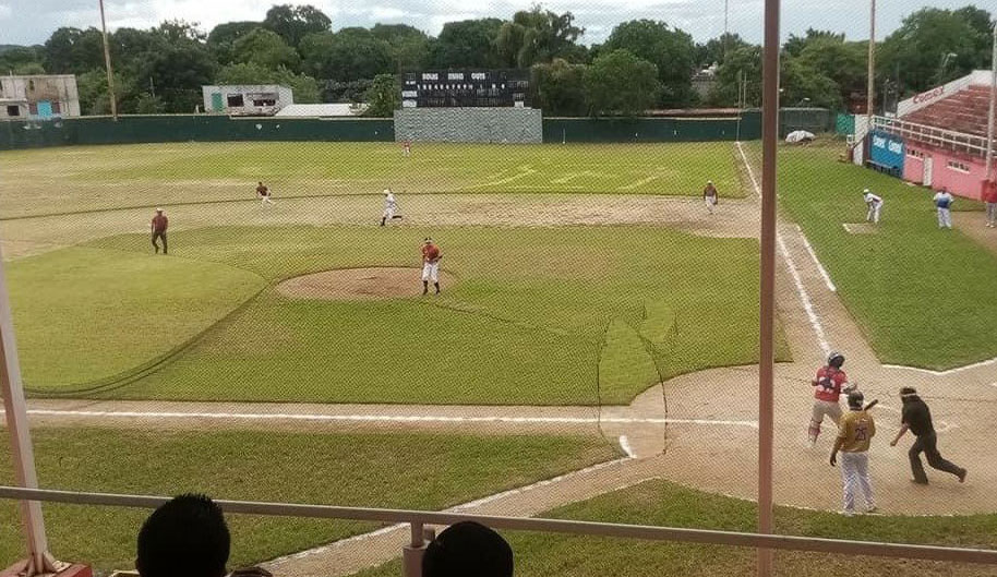 Beisbol con causa en San Andrés Tuxtla