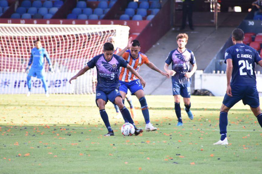 Atlético Veracruz debuta en la LBM con un empate ante Halcones en el estadio Luis 'Pirata' Fuente