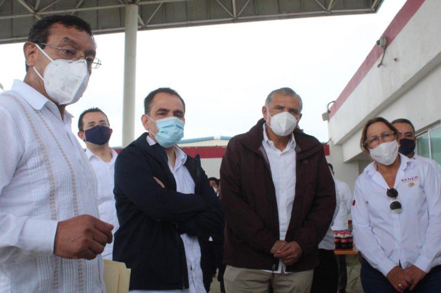 """Supervisan avances en la refinería """"Dos Bocas"""" titulares de Hacienda y Sener"""