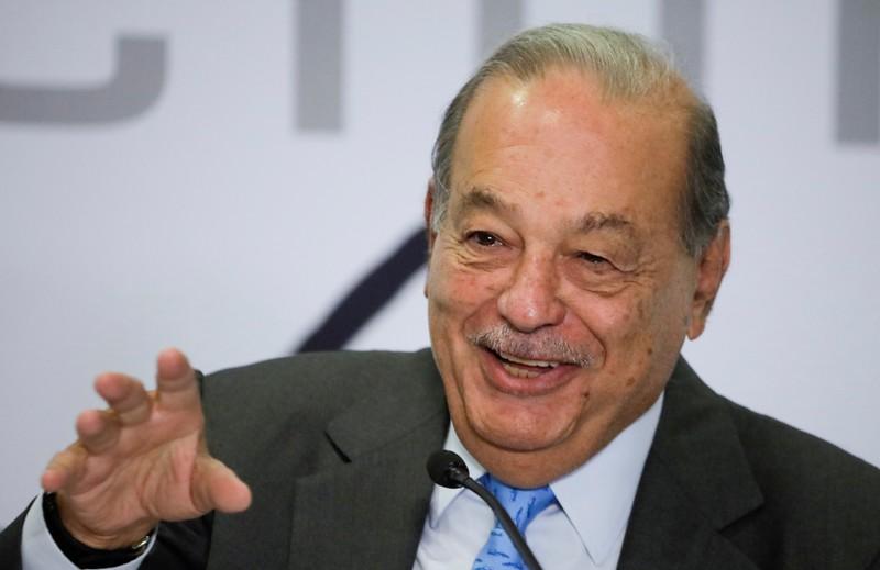 Carlos Slim propone jornadas de 11 horas y jubilación a los 75 años