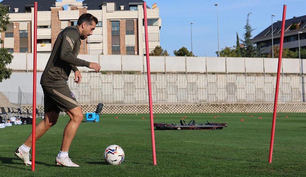 Héctor Herrera iría de titular en la Champions League