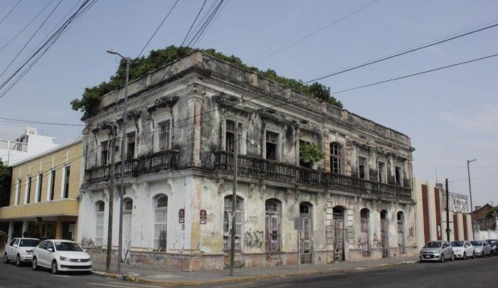 Inmuebles del centro histórico en peligro de colapsar