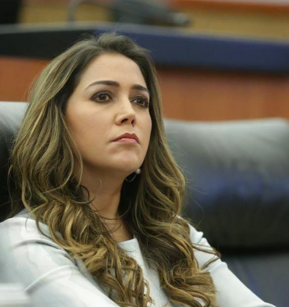 Anilú Ingram exige transparentar recursos de los fideicomisos desaparecidos