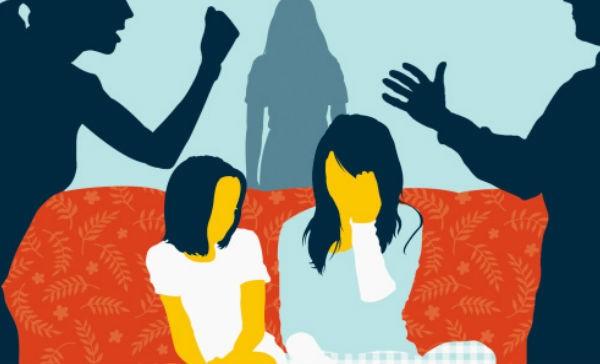 Jueza entregó custodia de 2 menores a una familia disfuncional.