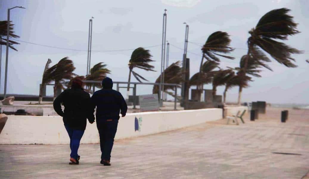 Protección Civil atendió cinco reportes por norte en Veracruz