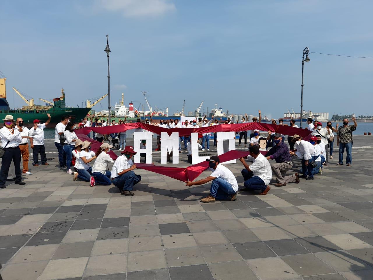 Simpatizantes de AMLO expresan su apoyo en Veracruz; marcharán pacíficamente el 28 de octubre