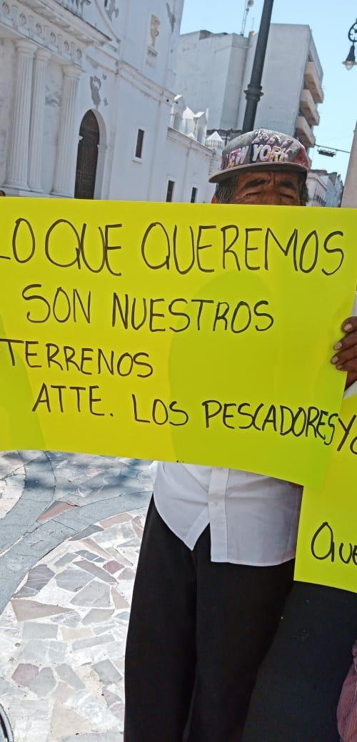 Pescadores denuncian amenazas de Isabel Pastrana.