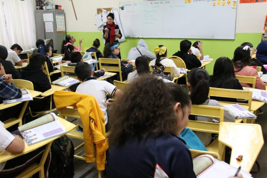 GNTE llama a evitar regreso anticipado a clases si no se vacuna a docentes