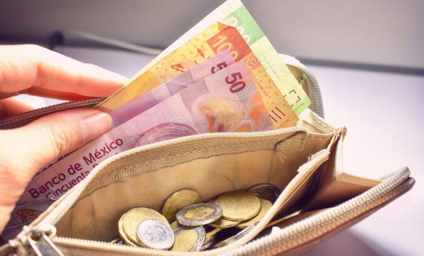 Coparmex sugiere que se aumente el salario mínimo.