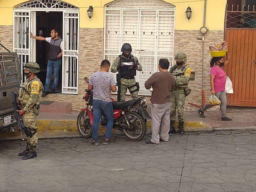 """Busca Sedena motocicletas """"chuecas"""", drogas y armas"""