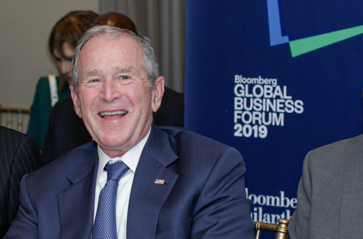 """George Bush felicita a Biden: """"Fue una elección justa"""""""