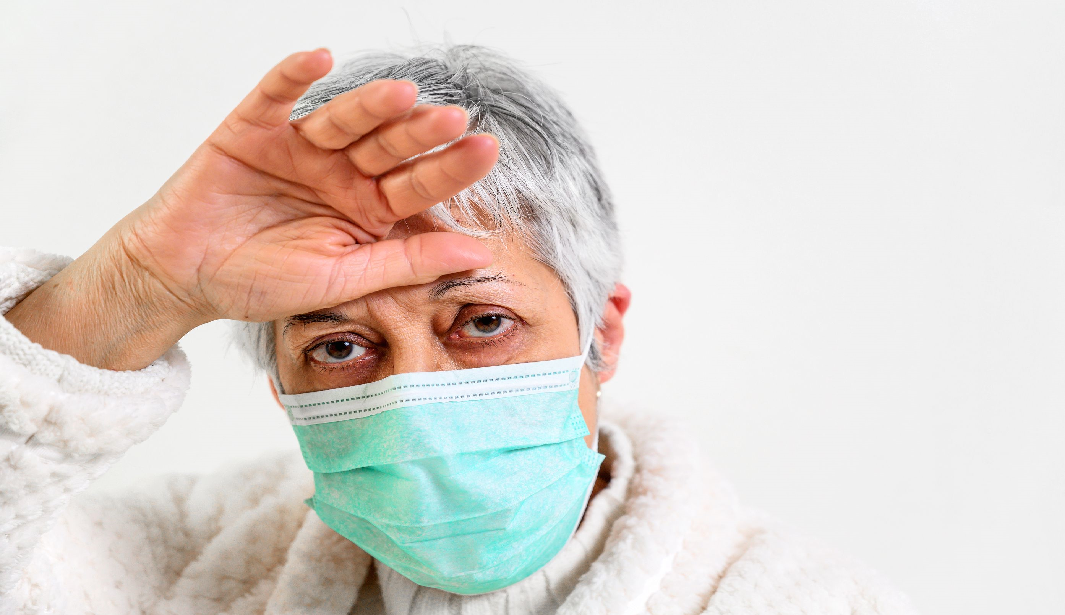 COVID-19 podría generar delirios en algunos pacientes.