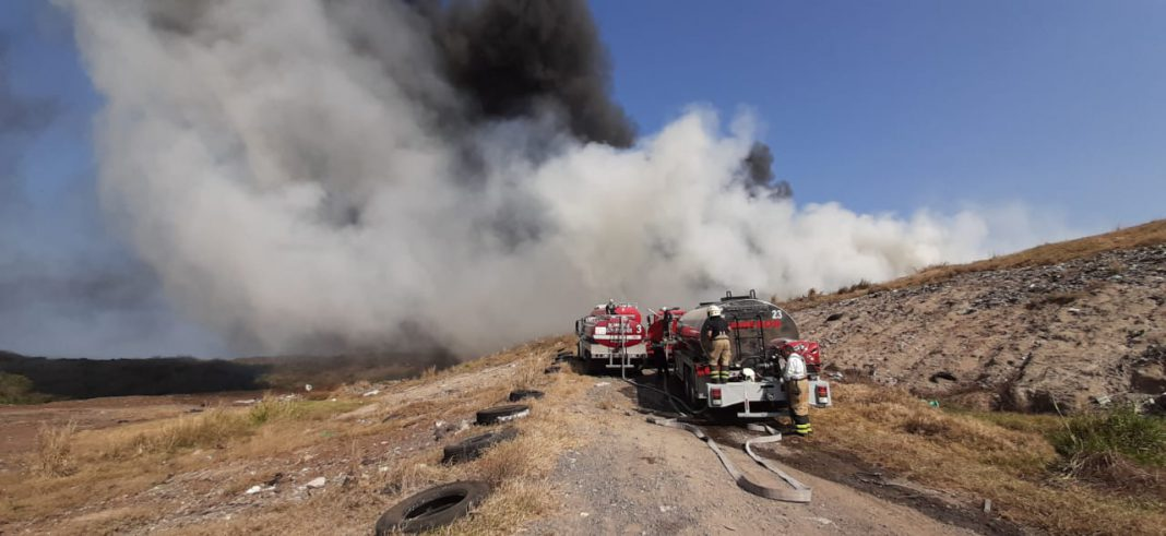De nuevo se quema el basurero en zona norte
