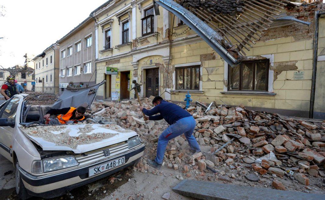 Al menos 6 muertos por el sismo de 6.4 en Croacia