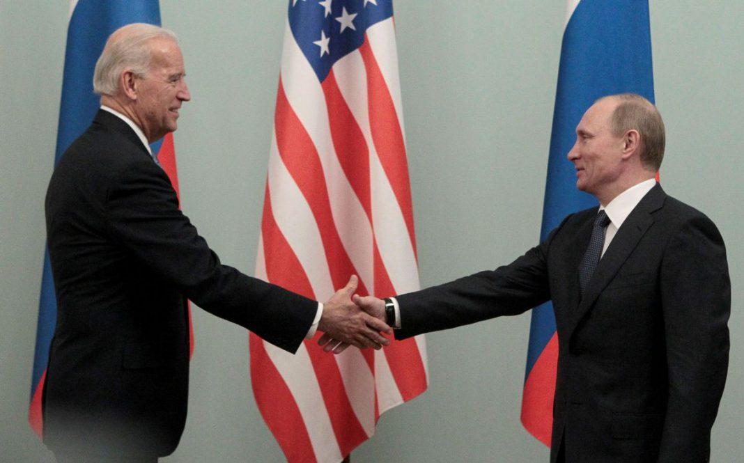 Vladimir Putin felicita a Joe Biden por su triunfo presidencial
