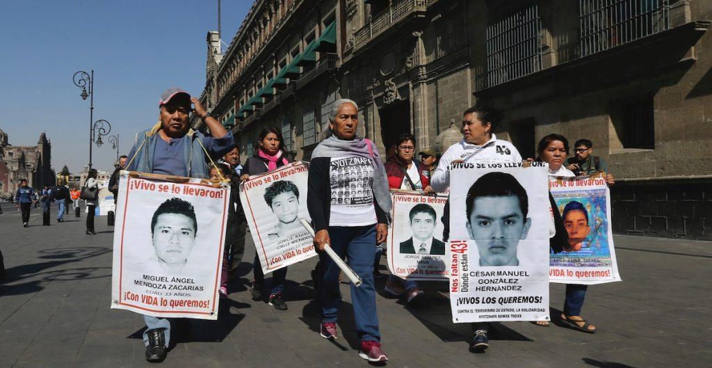 Vetan a vocero de padres de los 43 de Ayotzinapa por buscar diputación