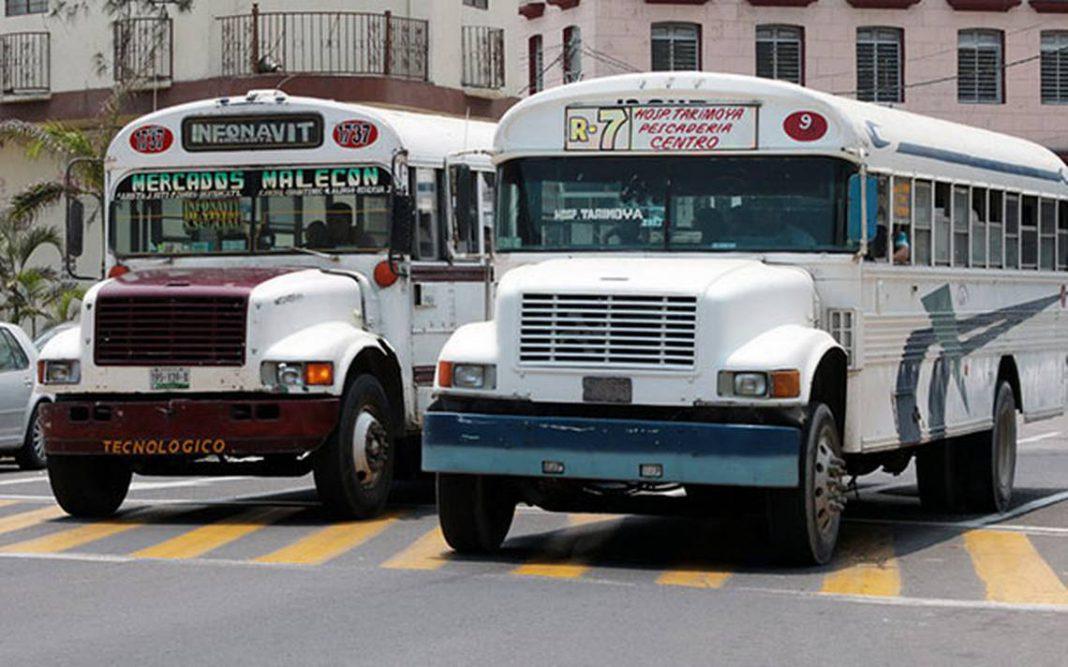 Autobuses de transporte en picada: Solo opera el 40% del parque vehicular
