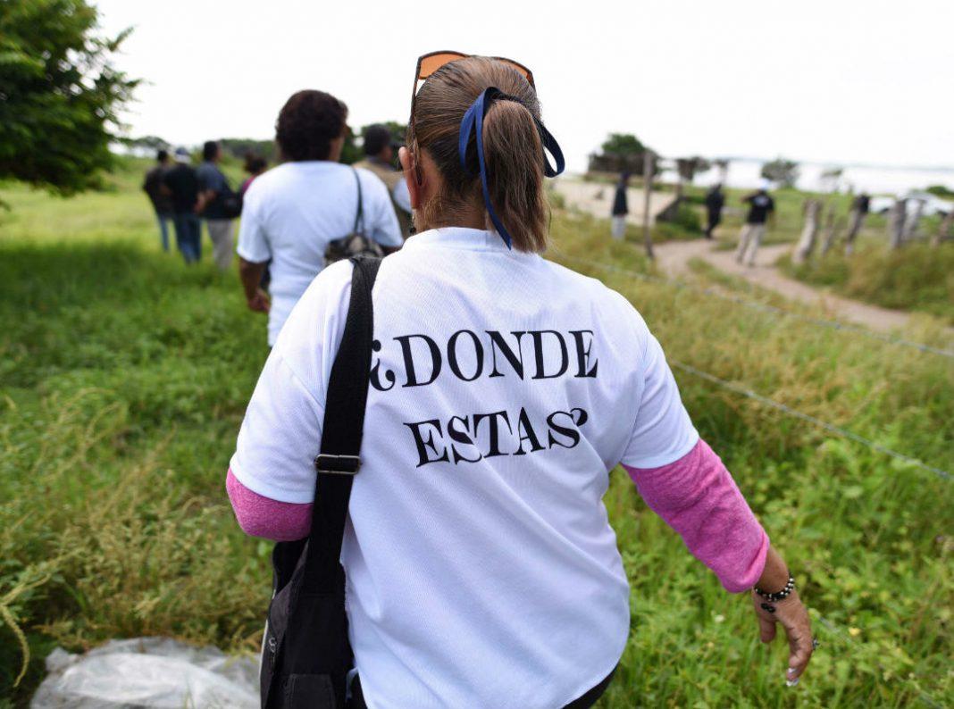Colectivo Solecito exige la destitución de funcionarios de la FGE por entregar restos de desaparecido en bolsas de basura