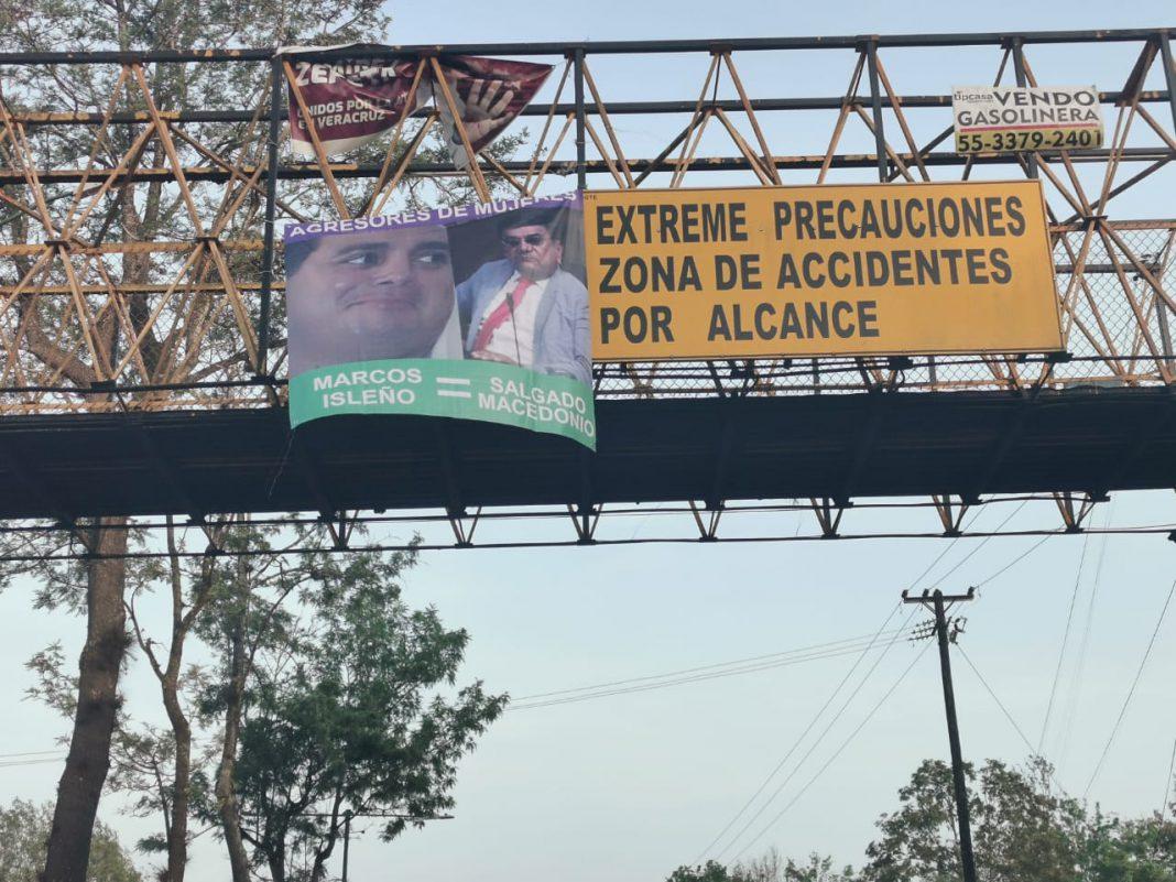 Cuelgan en Xalapa lonas con mensajes en contra Félix Salgado y Marcos Isleño
