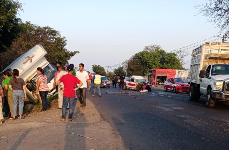 Taxista fallece tras accidente en la carretera federal de Córdoba