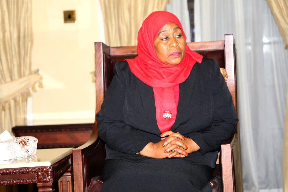 Tanzania hace historia; asume la presidencia por primera vez una mujer