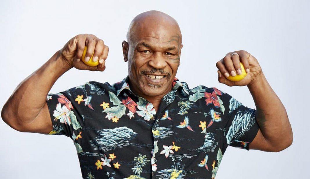 Tyson pone al Canelo Álvarez por debajo de JC Chávez