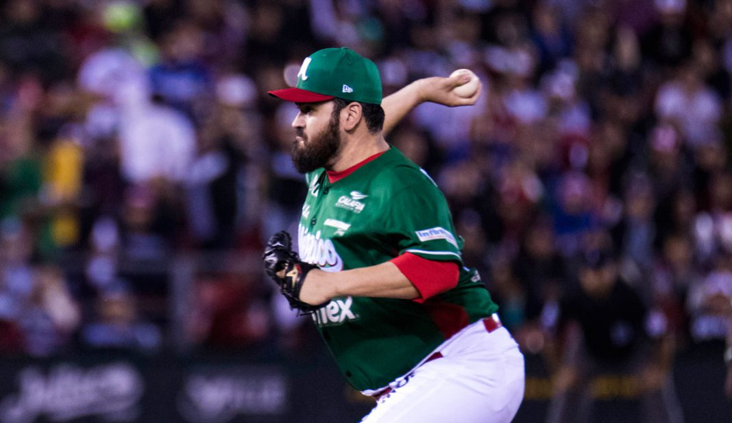 Edgar González y David Reyes fortalecen a El Águila