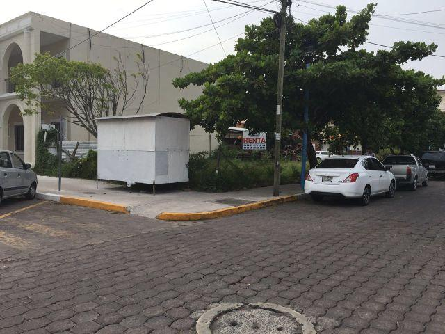 Ciudadanos piden la reapertura de las calles Hidalgo e Independencia de Boca del Río