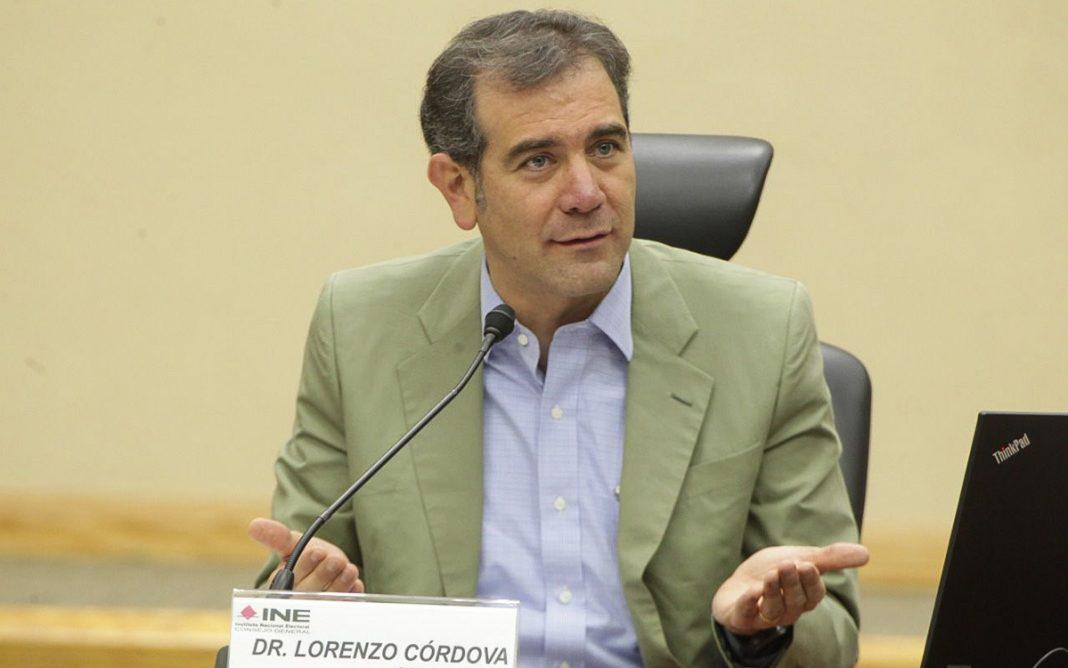 Lorenzo Córdova advierte a AMLO que el INE no caerá en provocaciones