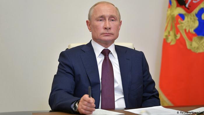 Vladimir Putin recibe segunda dosis de la vacuna contra covid-19