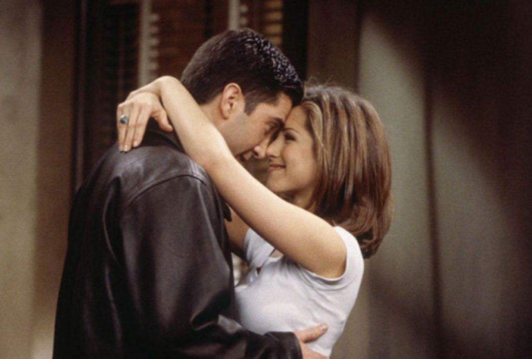 5 besos más esperados en series