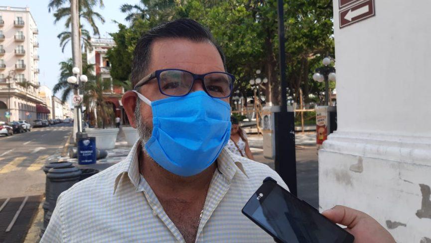 Suspenden a dos trabajadores de parquímetros por supuestos abusos contra la ciudadanía
