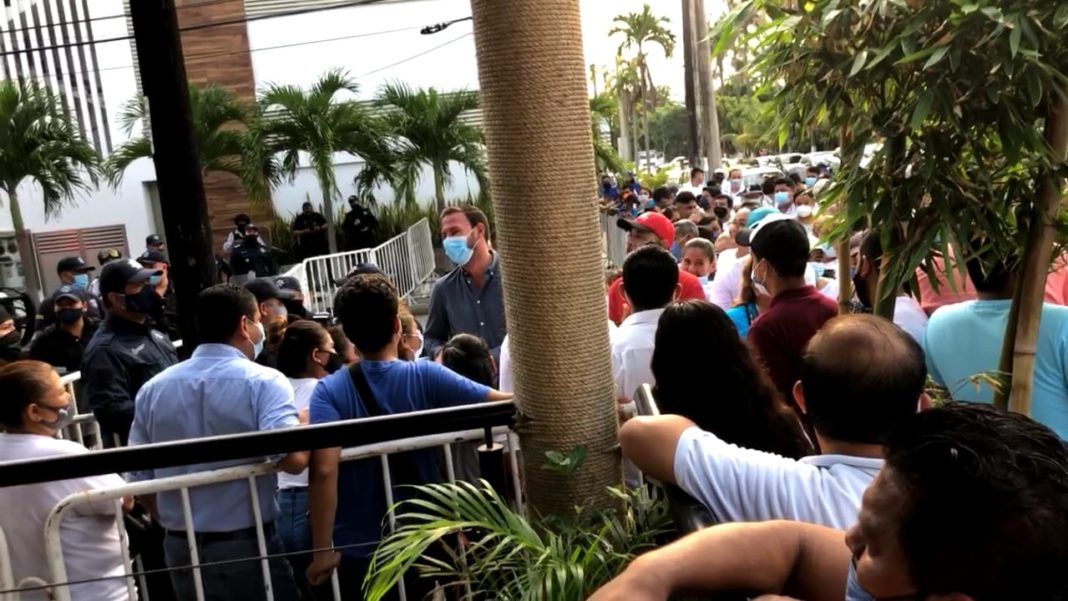 Se encienden los ánimos en el OPLE Veracruz