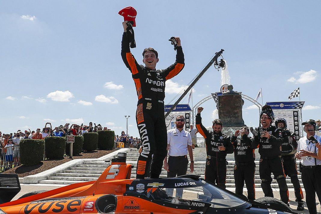 Patricio O'Ward gana el Gran Premio de Detroit