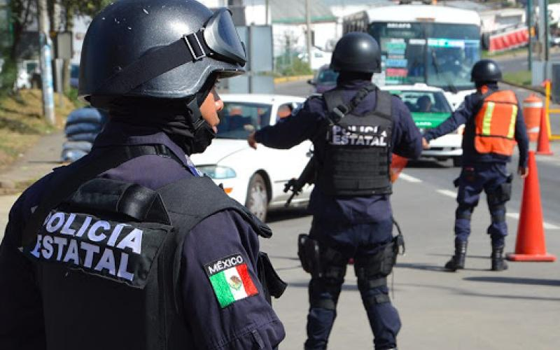 Detiene la Policía Estatal a cinco por presunto robo a bienes federales