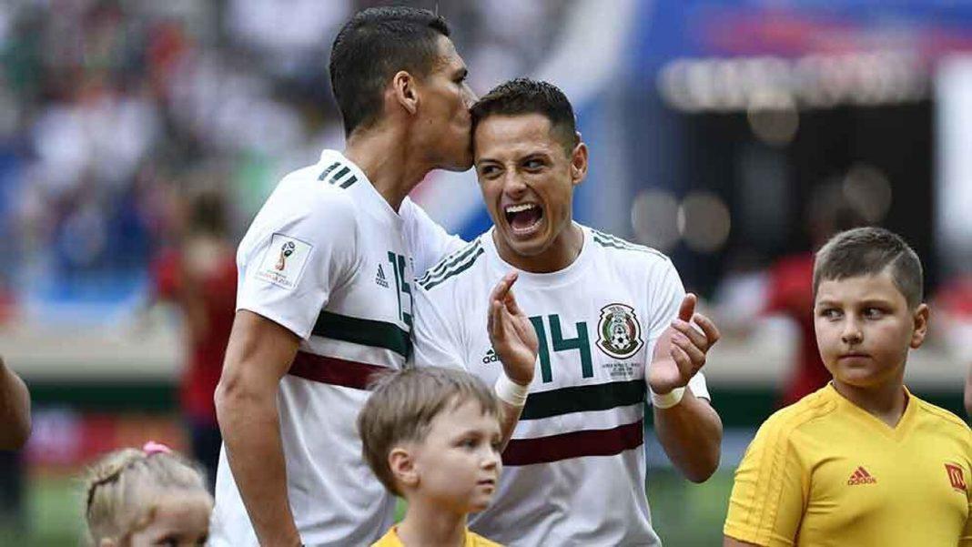 Héctor Moreno niega que Chicharito esté vetado de la Selección Mexicana