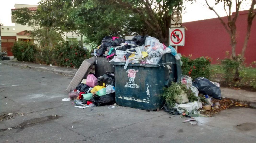 Persisten las quejas por la nula recolección de basura en Medellín