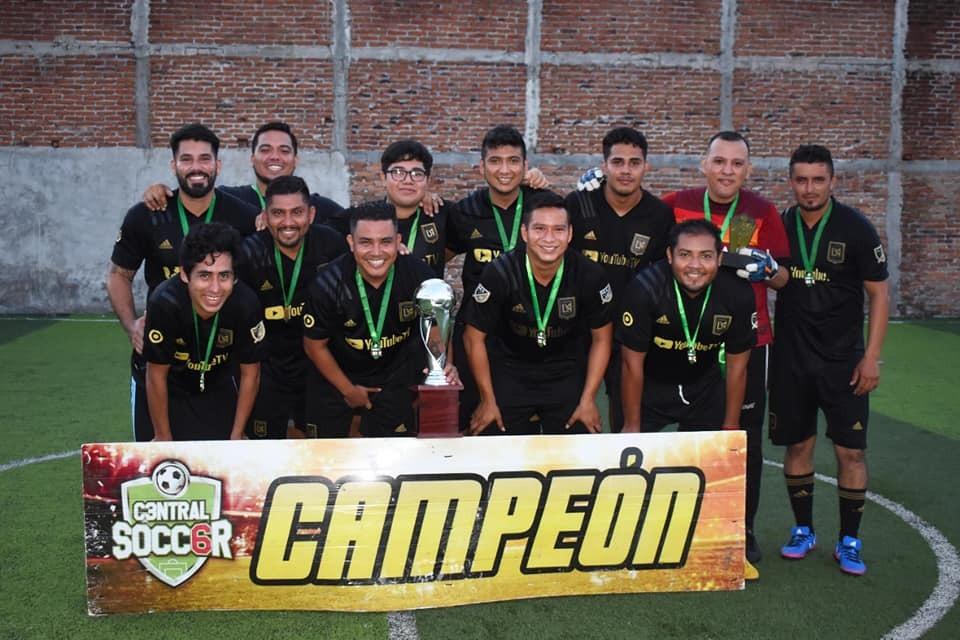 Lecheros ganan la Liga Central Soccer 6 Veracruz